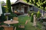 Tischgruppe im Garten in Friesau in Thüringen